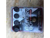Electro Harmonix Memory Boy Analog delay pedal