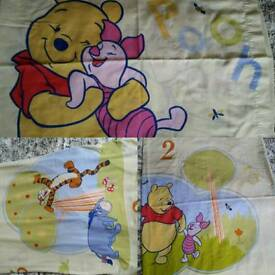 AS NEW WINNIE THE POOH SINGLE BEDDING
