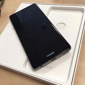 HUAWEI P9 - Silver - 32GB - Unlocked - Box + Accessories - £189