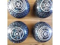 Thomas Taylor Vector VS Bowls size 3