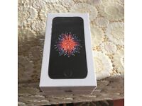 IPhone SE 16GB Space Gray Brand New Sealed 02 network