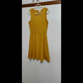 Pretty yellow dress from H&M