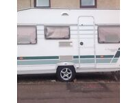 2004 lunar chateau 5 berth