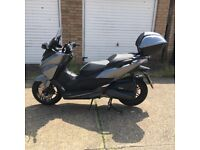 Honda forza like new, low mileage, with top box and rain cover