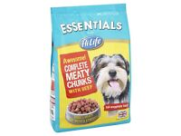 HiLife Essentials Complete Moist & Meaty Chunks with Beef Dog Food 2kg (in 2 x 1kg bags)