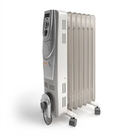 Vax ACH1V101 Power Heat Oil-Filled Radiator, 1500 W NEW FACTORY PACKED
