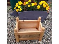 "Garden Planter Attractive ""Cottage Garden"" NEW condition not been used."