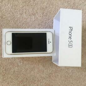 iPhone 5S - Gold/White 16GB Unlocked - Excellent Condition!!