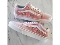 Unisex Custom Rose Embroidered-Patch Vans Old-Skool Sneakers - UK size 4.5