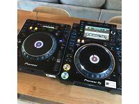 Wanted Pioneer DJ Equipment - CDJ 2000 Nexus DJM 900 NXS2 XDJ 1000 RX SZ