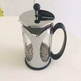 Chrome / black large caffetiere coffee maker