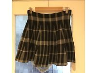 New Look Black & Grey Checked Skirt Size 14
