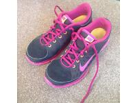 Nike Running Shoes Size 6