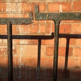 4 antique trestles