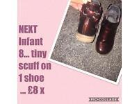 NEXT girls infant 8 Chelsea boots ❤️