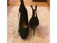 Brand new high heels size 7