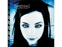 "keyboard player wanted ""Evanescence coverband"""