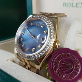 New gold bracelet with mother of pearl dial Rolex Datejust with automatic sweeping movement