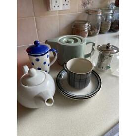 Teapot and cup collection