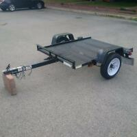 Utility Trailer 4 by 6 foot dumps
