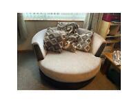 Round cuddle sofa