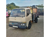 Left hand drive Nissan Cabstar 2.5 diesel single wheel 3.5 Ton truck