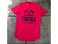 Dsquared red t shirt