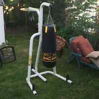 Punching bag avec stand