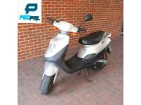 50cc moped scooter vespa honda piaggio yamaha gilera