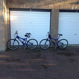 Ladies / mans bike Hardly used