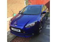 Ford Focus 2.0 ST2 2013 Met Blue