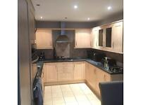 Considering getting new kitchen. Therefore open to offers on existing kitchen.