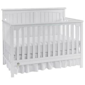 Fisher Price 132501EG Colton 4-in-1 Convertible Crib - Eggshell White (Assembled)