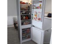 Fridge freezer (integrated) 70/30