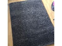 Grey medium sized rug *like new*