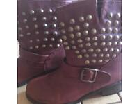 Red wine buckle boots size 6