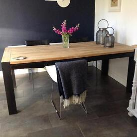 Lovely solid oak table modern contemporary