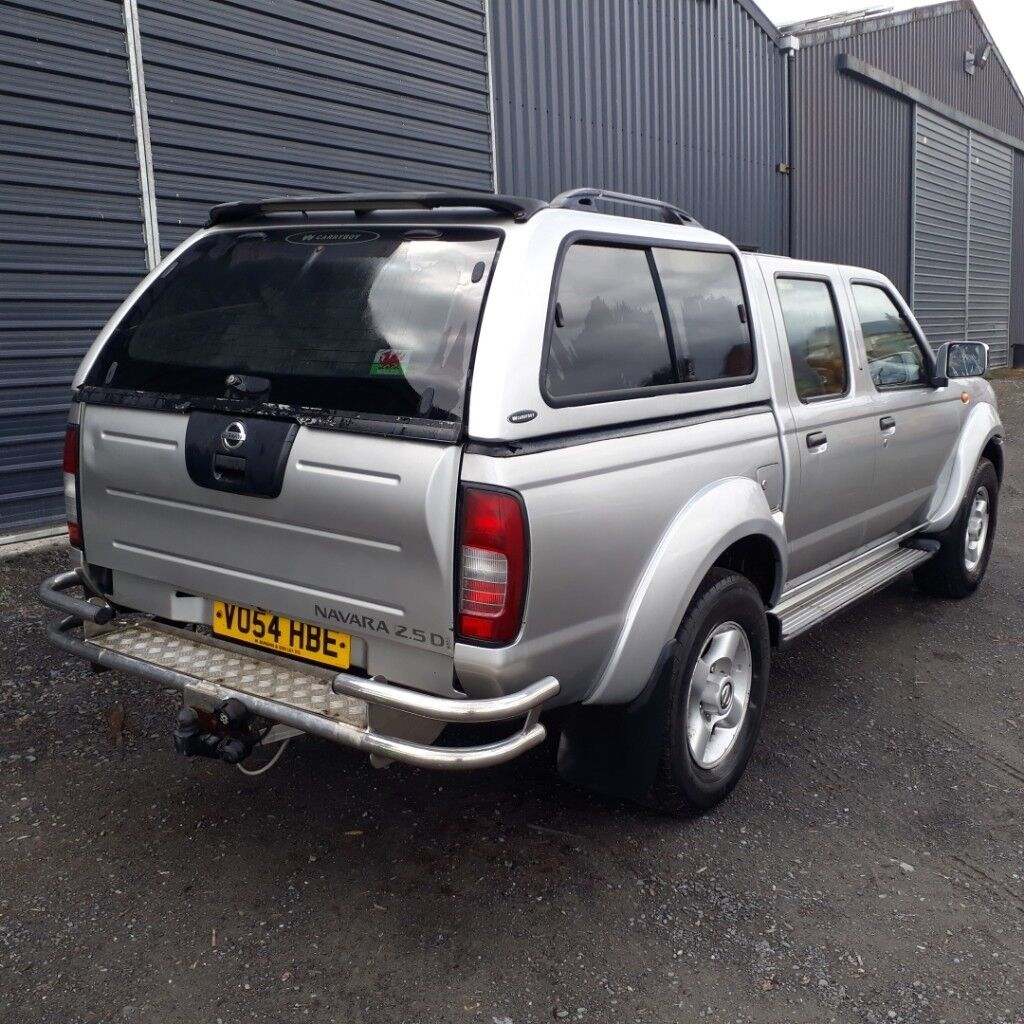 breaking silver 2004 nissan navara d22 double cab manual 4x4 parts spares