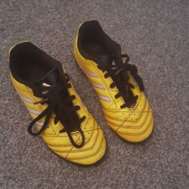 Adidas childrens size 13 turf football boots/trainers