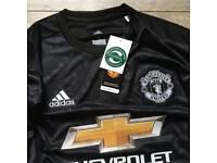 Manchester United 2017/18 Away Shirt