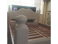 White Shabby Chic Double bed