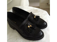 KURT GEIGER Carvela - Size 6 - Black ladies loafers - flat shoes - leather - worn twice