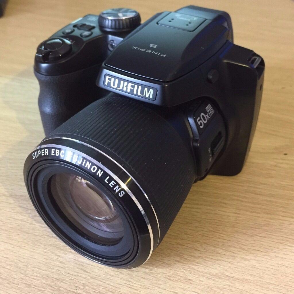 Fuji Finepix S9200 16 Megapixel Bridge Type Digital Camera In High Different Types Of Cameras