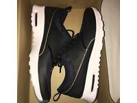 BRAND NEW Nike Air Max Premium Theas