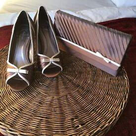 Small heels and handbag from Phase Eight - size 6/ 39