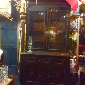 Beautiful Victorian bookcase cupboard