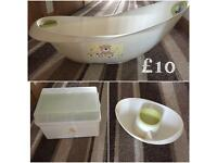 Baby bath, top and tail and bath box