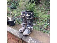 Side 9 tech 8 motocross boots