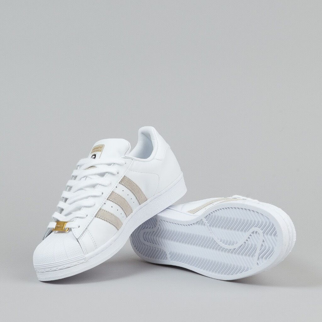 Size 7 Adidas Superstar Kareem Campbell Trainers White with Gold Highlights