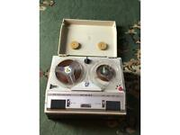 GRUNDIG TK 23 DELUXE, REEL TO REEL PORTABLE TAPE RECORDER